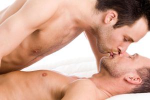 gay-couple-kissing